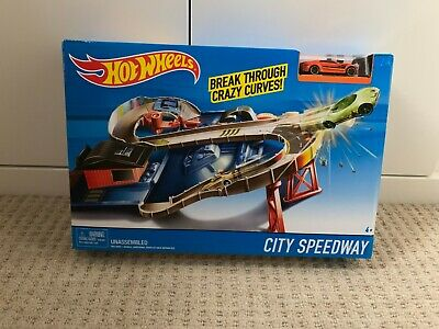 New Hot Wheels - City Speedway - RARE -  Includes Diecast Car - Play Set Playset • 23.99£