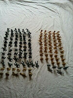 Plastic Army Selection Men And Vehicles • 2.50£