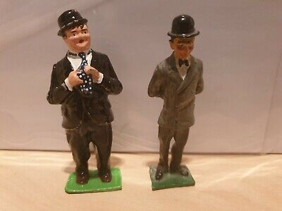 LAUREL AND HARDY 54mm DIECAST FIGURES.  NEAR MINT.  UNKNOWN MAKER. • 7.99£