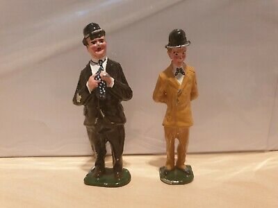 LAUREL AND HARDY 54mm DIECAST FIGURES.  EXCELLENT CONDITION.  UNKNOWN MAKER. • 7.99£