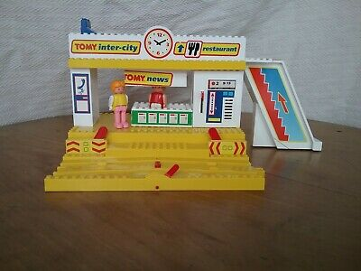 Vintage Tomy Magnetic Train Station With Bell & Platform 1988 • 17.50£