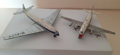 Dinky Toy Aeroplanes Comet And Viscount • 10£