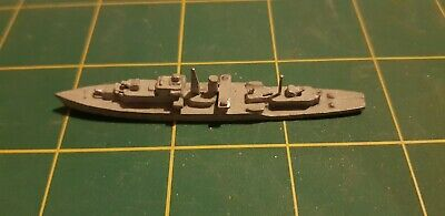 Small White Metal Ship Warship 1/1200 1/1250 Scale • 5£