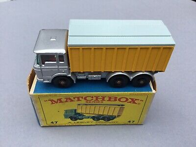 Matchbox 47 - D.A.F Tipper Container Truck • 20£