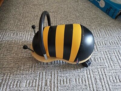 Wheely Bug Bee Ride On Small • 7.90£