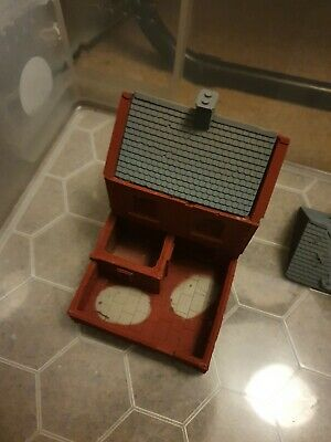 20mm Scale Cottage With Walled Yard • 12£