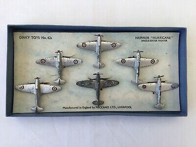DINKY TOYS HAWKER HURRICANE GIFT SET NO.62s • 255£