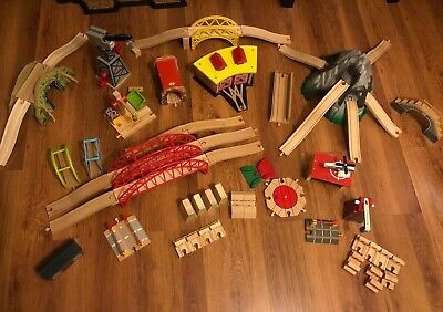 Choice Of Accessories For Brio / Wooden Train Track With Combined Postage • 7£