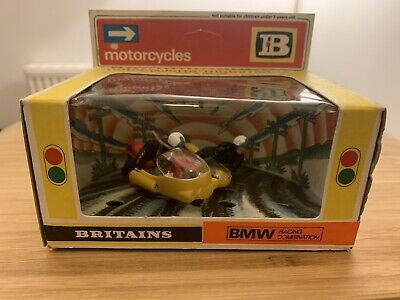Britains B.M.W Racing Combination 9699 Excellent Condition • 10£