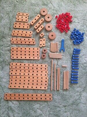 VINTAGE BILOfix Wooden Construction Set Parts.  • 15£