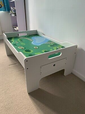 Children's Wooden Play Table With Storage Drawers • 30£