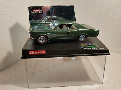QQ 25444 Carrera Evolution Pontiac Gto '66 Street Car • 74.74£