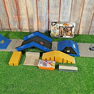 Tech Deck Skate And Go Foldable Park + Extra Ramps + 24 Boards • 16.99£