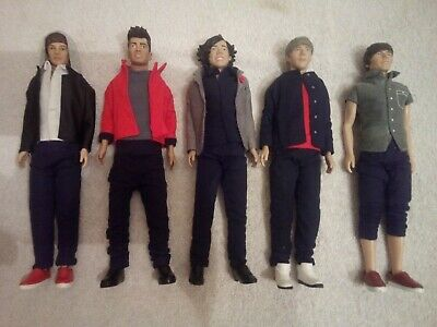 One Direction 5 Doll Set - • 24.99£
