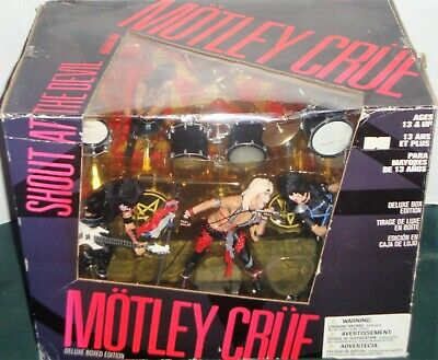 MOTLEY CRUE SHOUT AT THE DEVIL DELUXE BOXED EDITION FIGURE SET McFARLANE TOYS • 299.99£