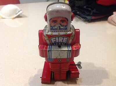 Old Tin Toy Robot Fire Man S.Y. Japanese Space • 120£