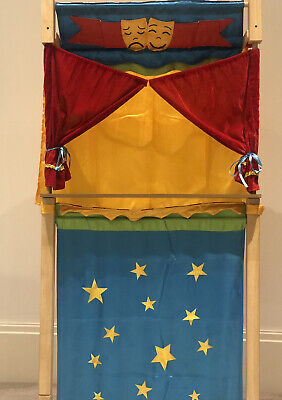 Reversible Wooden Puppet Theatre With Puppets Included • 20£