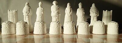 A Set Of Scotland Scottish V's England English  Chess Game Pieces Paint Your Own • 28£