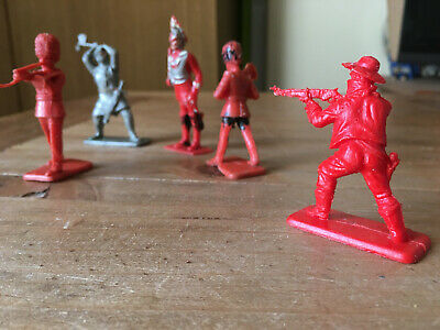 6 X KELLOGG'S / CRESCENT PLASTIC TOY SOLDIERS  1/32 Cowboy • 1.95£