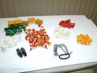 Scalextric Accessories Lots Of Bales,oil Drums,cones,track Connectors Ect • 7.50£