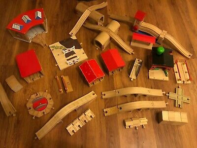 Selection Of Accessories For Brio / Wooden Train Track With Combined Post • 12£
