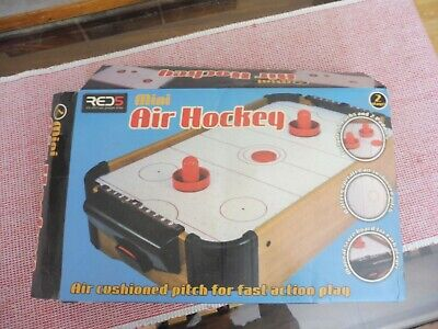 Red5 Mini Air Hockey Game, 2 Players • 3£