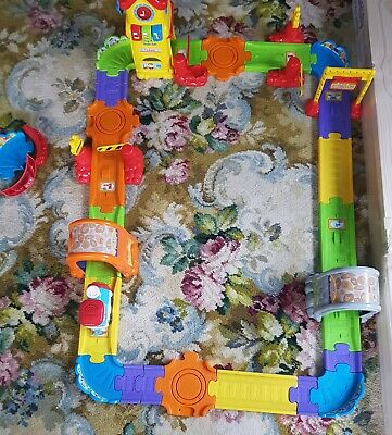 Vtech Toot Toot Train Station. Well Loved But Very Good Working Condition.  • 5.40£