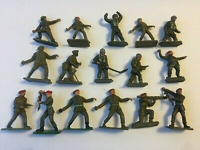 Vintage Crescent And Lone Star Plastic Soldiers • 12£