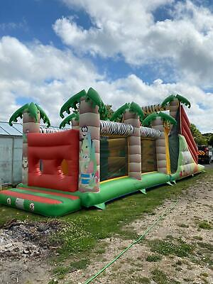 Giant Inflatable Bouncy Castle Obstacle Course • 1,500£