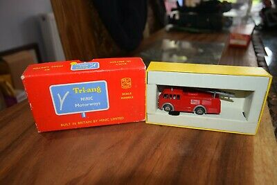 TRIANG MINIC MOTORWAY M1550 Fire Engine Coach Boxed  • 80£