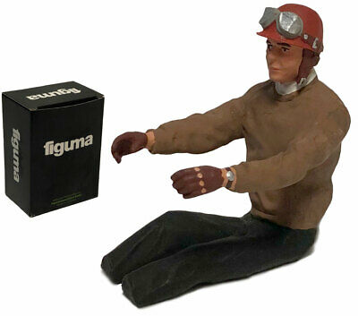 Vintage/Classic F1 Seated Driver Figurine (Painted) - 1/18 Scale • 69.99£