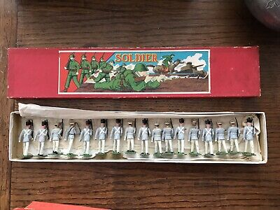 John Hill & Co Vintage Lead Soldiers 17 Soldiers In Box • 75£