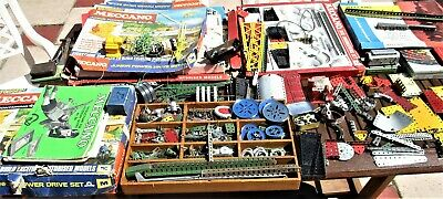 VINTAGE MECCANO  LARGE COLLECTION OF MECCANO In Used Condition • 250£