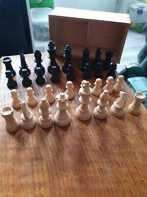 Solid Wood Chess Set • 14£