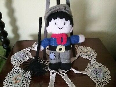 Vintage Hand Knitted Chimney Sweep • 5.99£