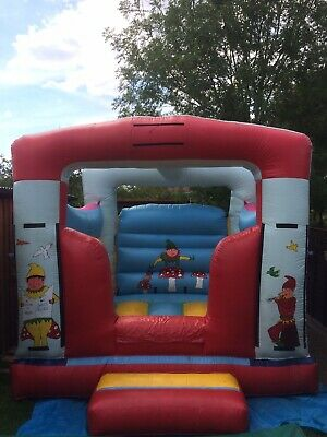 Commercial Bouncy Castle Used 10x12 Including Step • 175£