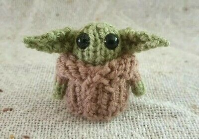 Micro Hand Knitted Baby Yoda Inspired Toy - Brown Coat • 6£