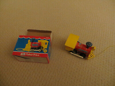 Vintage Fisher Price Toy 643 Toot Toot Engine Pull Along Toy Train • 8£