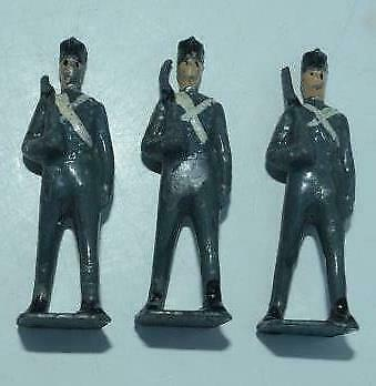 VINTAGE LEAD BRITAINS ETC SOLDIERS - 3  X MARCHING - IN GREY      E • 0.99£