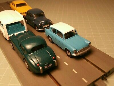 Triang Minic Motorways Pick Up Shoes & Resin Ford Anglia Complete Vehicle • 44£