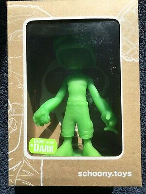 Schoony Boy Soldier Collectable Vinyl Figure. • 20£