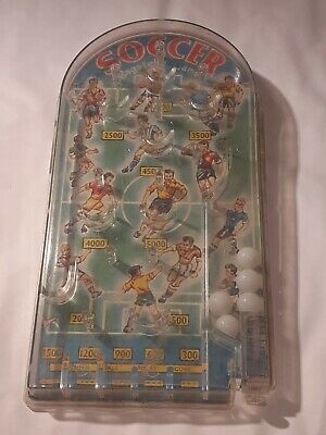 A Vintage MARX TOYS Bagatelle SOCCER Football Theme,  Tin Backed , Nice Design  • 5£