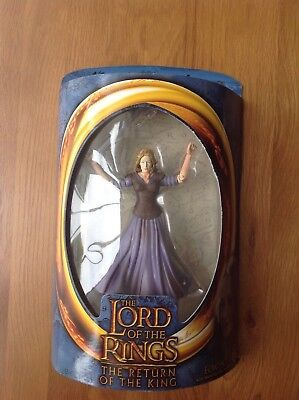 The Lord Of The Rings-Eowyn With Sword Slashing Action  • 15£