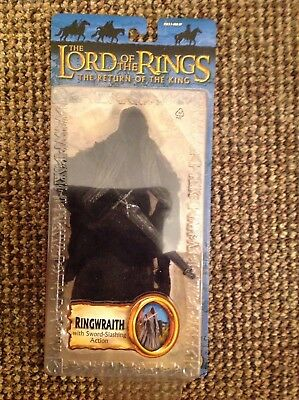 The Lord Of The Rings-Ringwraith With Sword Slashing Action  • 15£