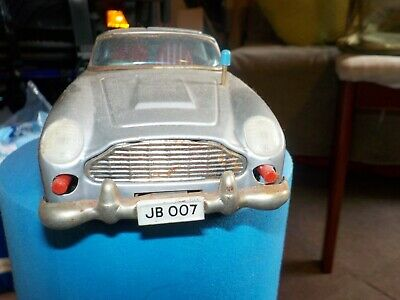 GERMAN GAMA Made DB5 CAR 007 FRICTION DRIVE 1960's No Baddy REDUCED BY 100 E • 138.40£