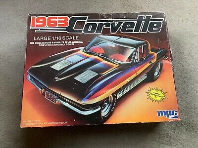 1963 Chevrolet Corvette Model Kit • 65£