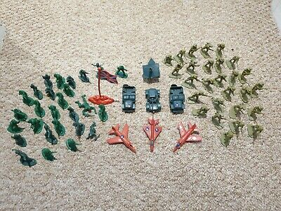 Retro Soldiers Army Toys Collection • 1£