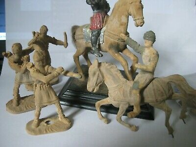 6 Resin Medieval Figures ,no Weapons Or Add Ons,maker Unknown • 10£