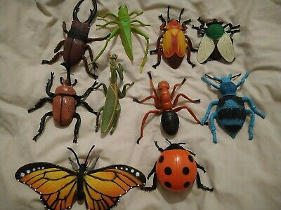 10 Pcs Large Plastic Toy Insects/ Minibeasts • 6£