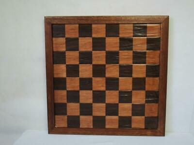 ANTIQUE OR VINTAGE CHESS BOARD JAQUES STYLE  40.6 Cm SQUARES OF  45 Mm NO PIECES • 56£